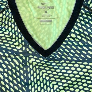 Nike Tops - Nike pro Dri-fit athletic top /S